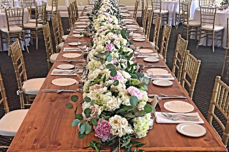 Meyer-Head-Table-Country-Club-Wedding-800x533