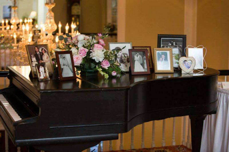 Slade-Manzo-Piano-Wedding-Photos-Country-Club-800x533