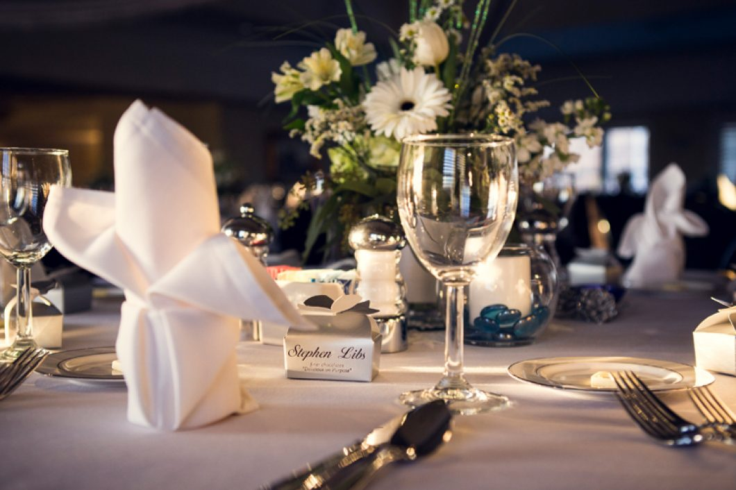 Banquets-table-placement-evansville-country-club-1060x706