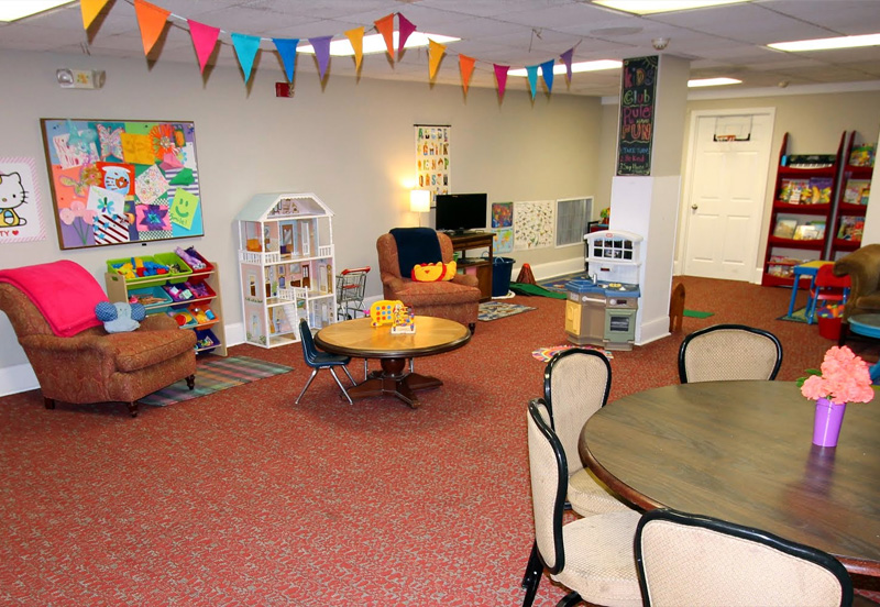 Country-Club-Evansville-Kids-Club-Room