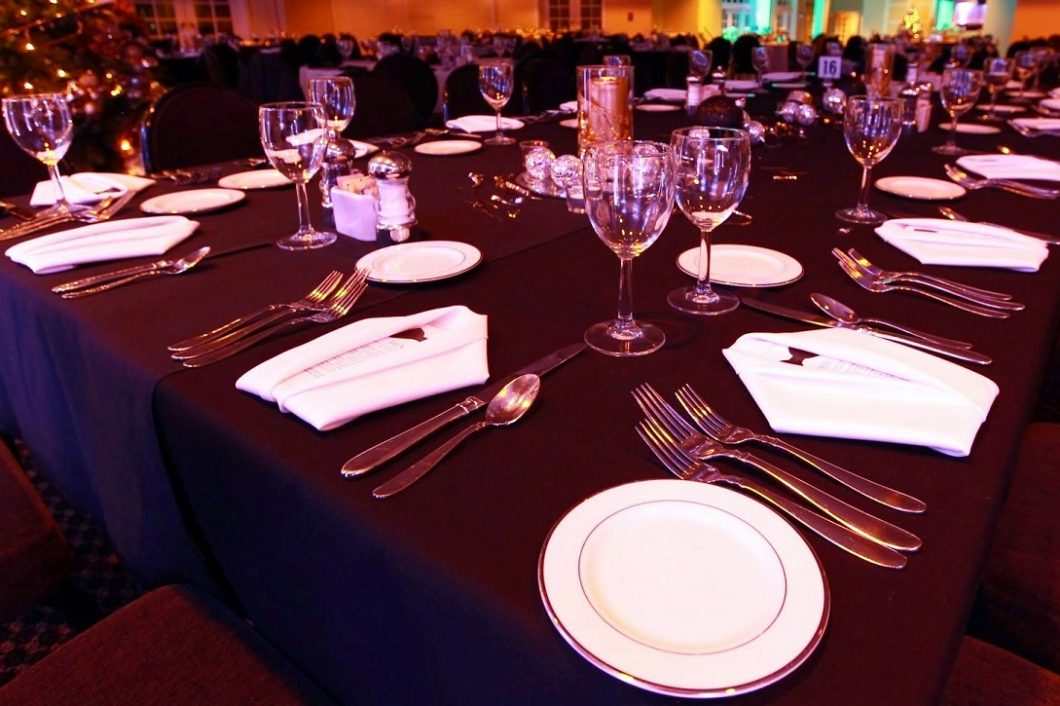 Evansville-Country-Club-Dining-Placements-1060x706