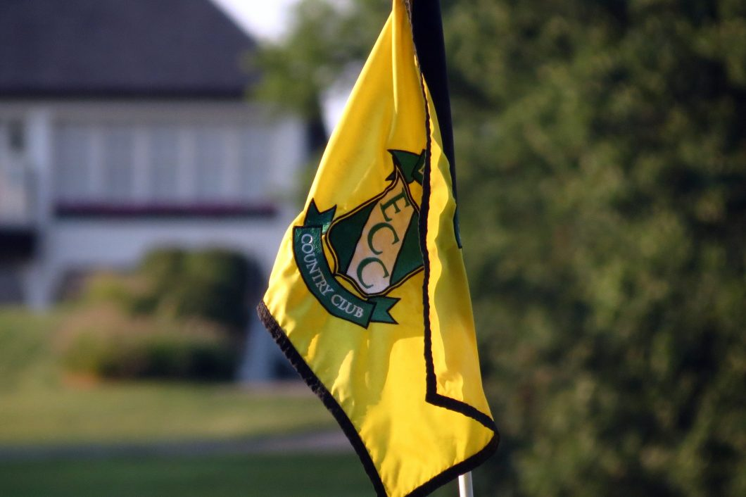 Evansville-Country-Club-Golf-Flag-1060x706