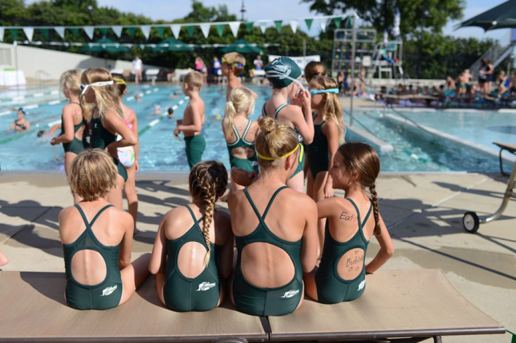 Evansville-Country-Club-Swim-Team-1060x706