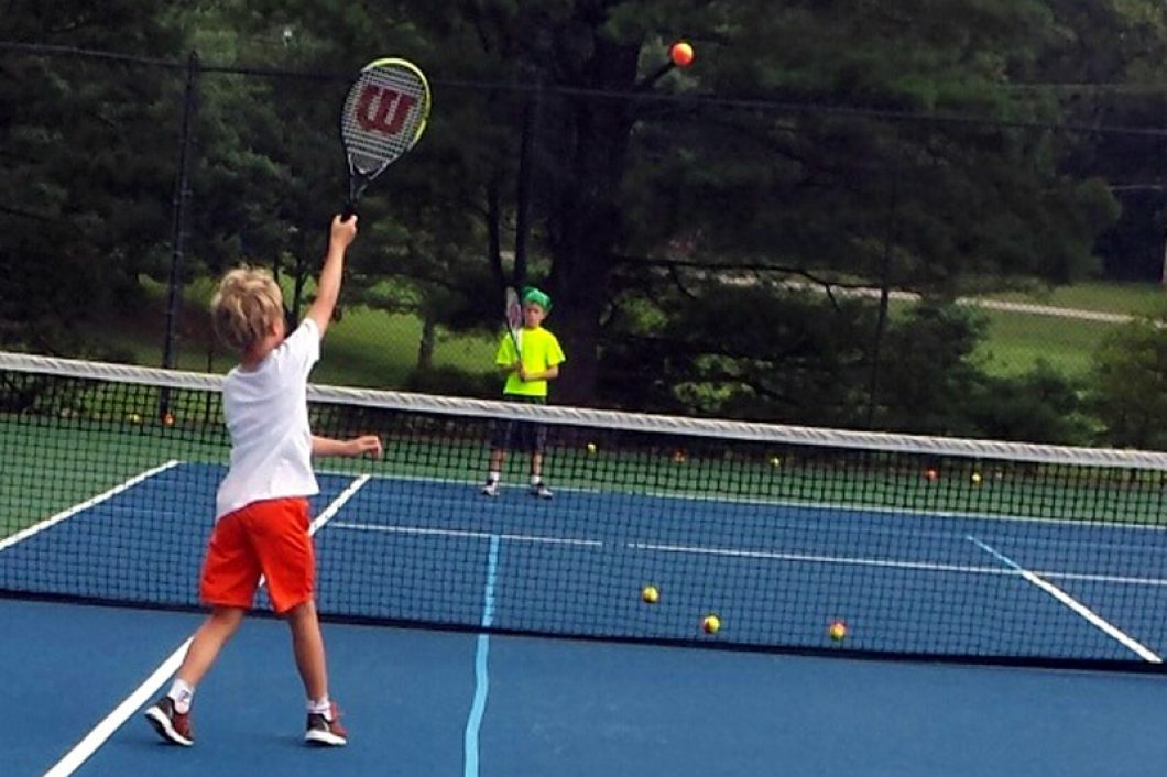 Junior-Tennis-Match-Evansville-Country-Club-1060x706