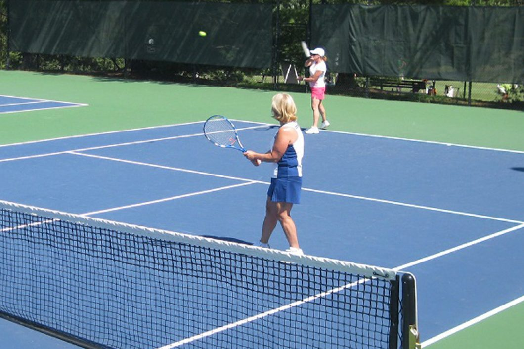 Tennis-Match-Evansville-Country-Club-1060x706